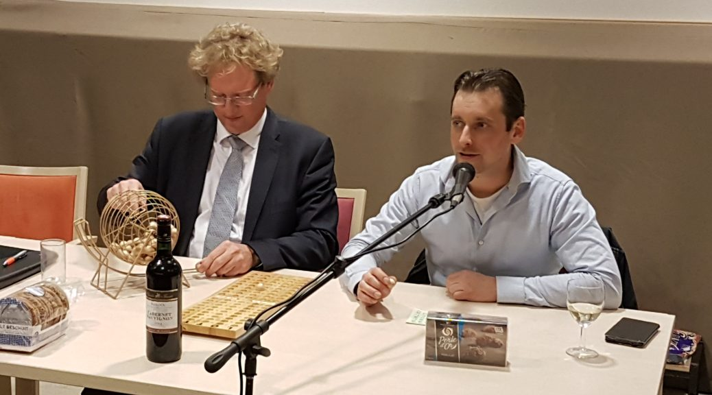 Trekking bingo 2017: BGM Rodenburg en bestuurslid Schuurman
